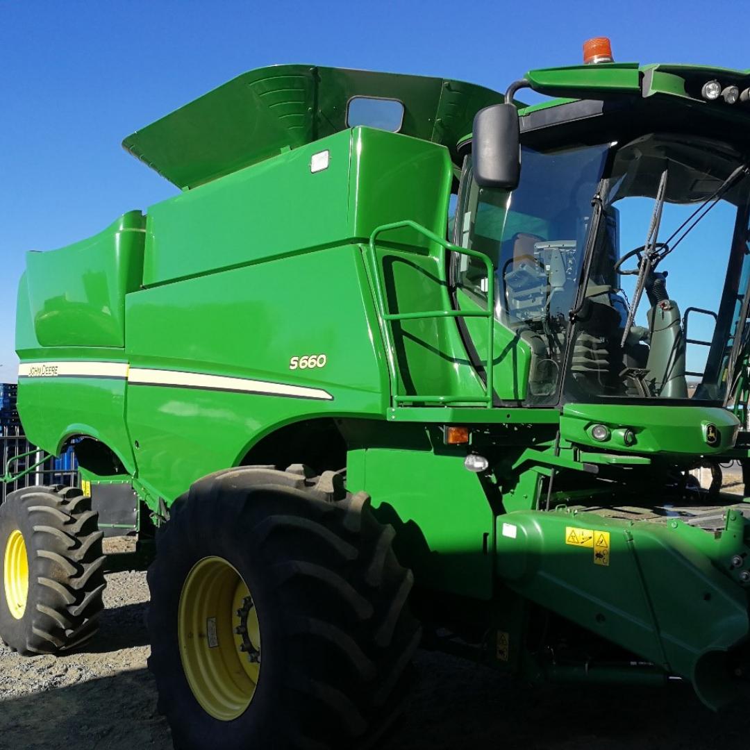 2013 John Deere Combine Harvester #H0S660SPC0755130 Image