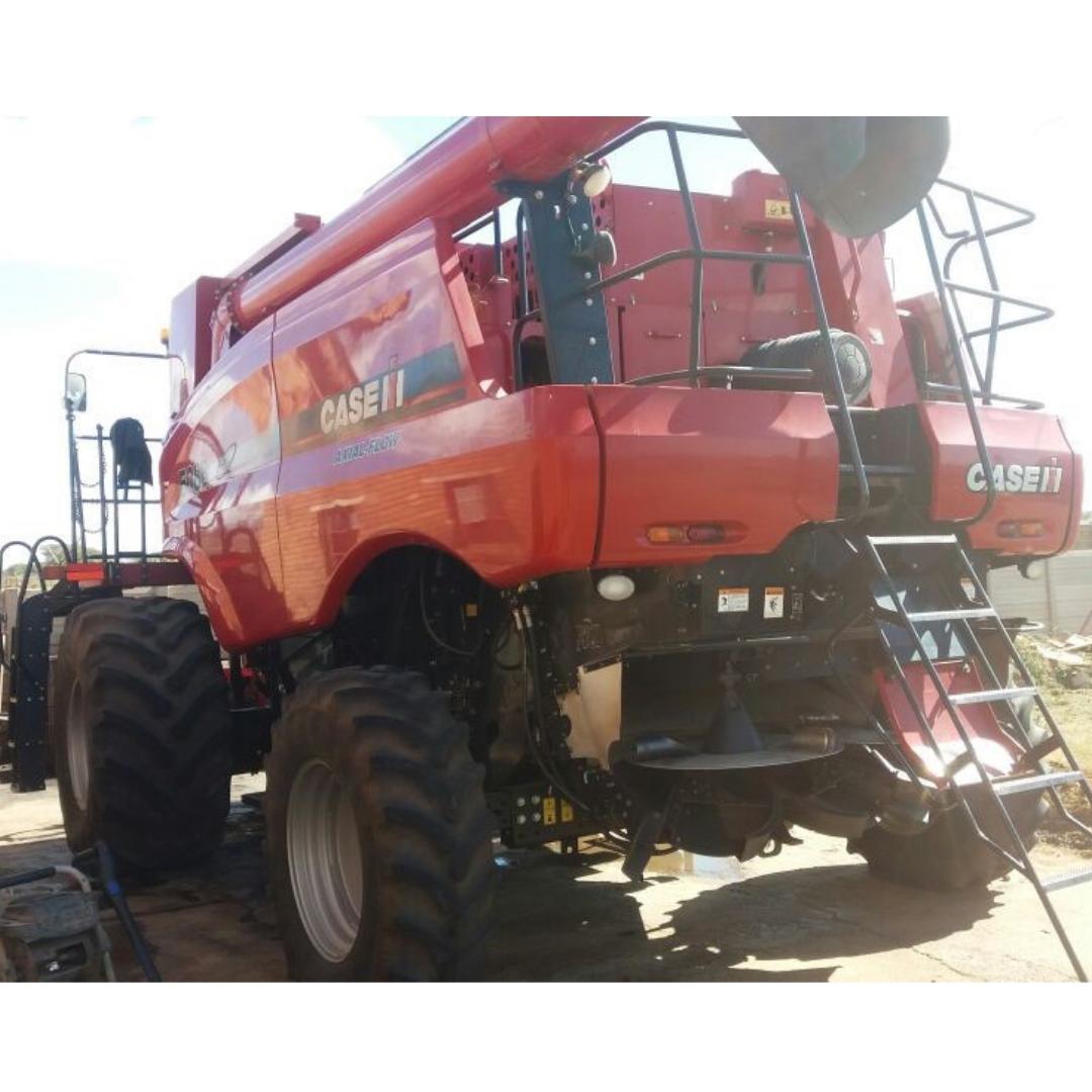 2012 CASE IH C5088 Combine Harvester WD#YBG006235 Image